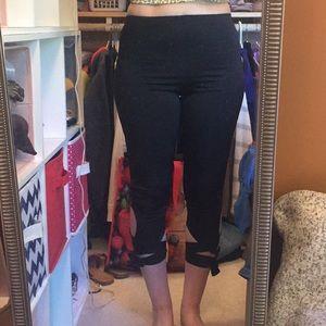 Fashion Nova Tie Stretch Capri Leggings Large